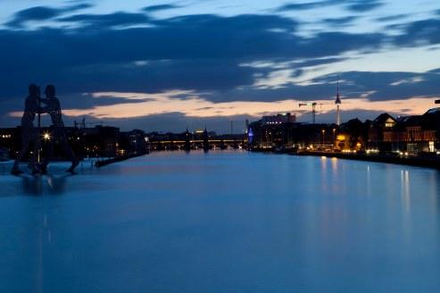 Berlin Oberbaum Brücke Westhafen - Blaue Stunde