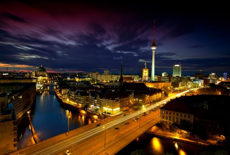 Berlin Alexanderplatz - Blaue Stunde, Golden Hour, Nachtaufnahme