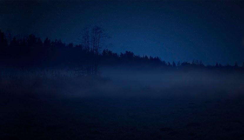 Nachts im Nebel – Landschaftsfotografie