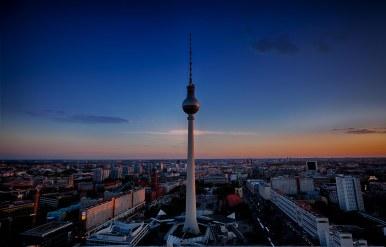 Berlin MItte Sonnenuntergang - blaue Stunde