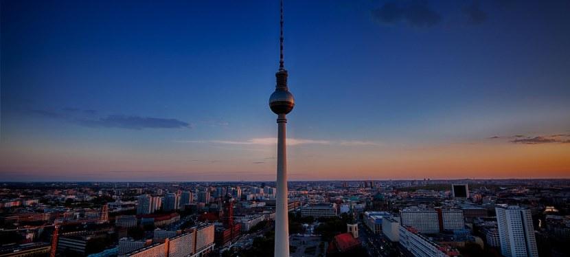 Berlin – Regierungsviertel und Mitte zur blauenStunde