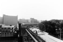 Blick von der Oberbaumbrücke nach Kreuzberg - Ende der U-Bahnlinie