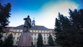 Lenin Denkmal und Haus der Offiziere Wünsdorf