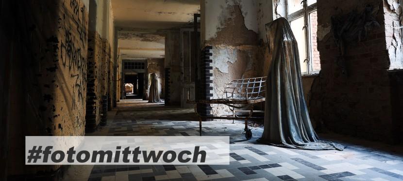 #fotomittwoch *071 – unheimliche Schatten in der altenHeilstätte